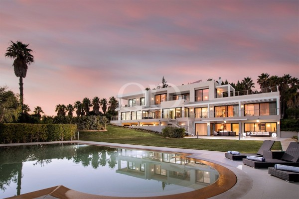 Large private luxury estate close to Quinta do Lago