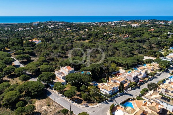 Plot near Quinta do Lago