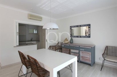 Renovated 3-bedroom ground floor apartment