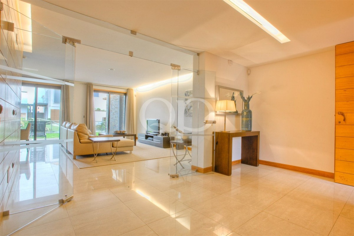 Immaculate 3-bedroom apartment