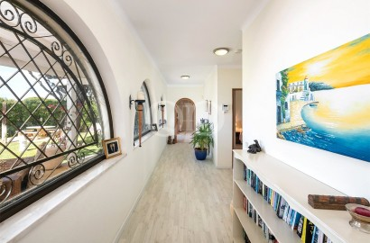 Detached villa close to Almancil and Vale do Lobo