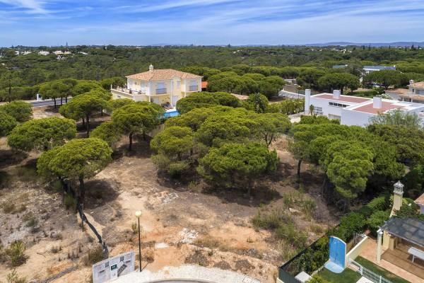 Building plot in Varandas do Lago - close to the beach