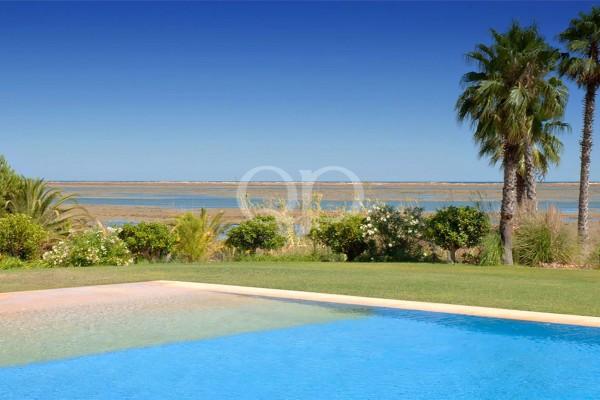 Breathtaking views of the Algarve coastline
