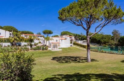 Large estate with 3 villas near Quinta do Lago
