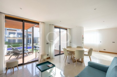 A contemporary 2 bedroom townhouse in Vale do Lobo