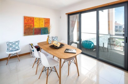 Contemporary Vale do Lobo apartment