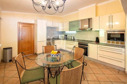 Charming 1-storey villa with great potential