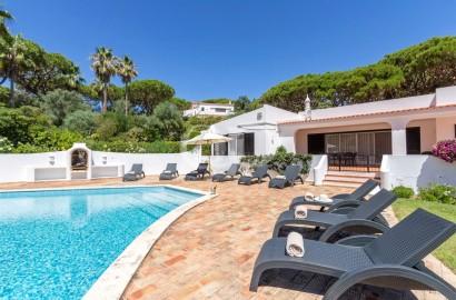 4-bedroom single storey villa in Vale do Lobo