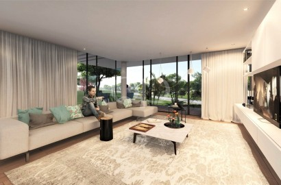 Substantial plot with approved plans in Quinta do Lago