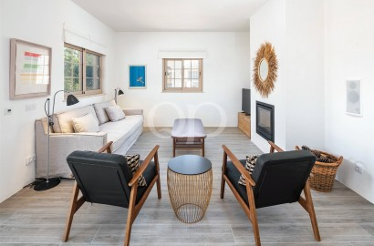 A renovated villa in an unbeatable beach side location in Quinta do Lago