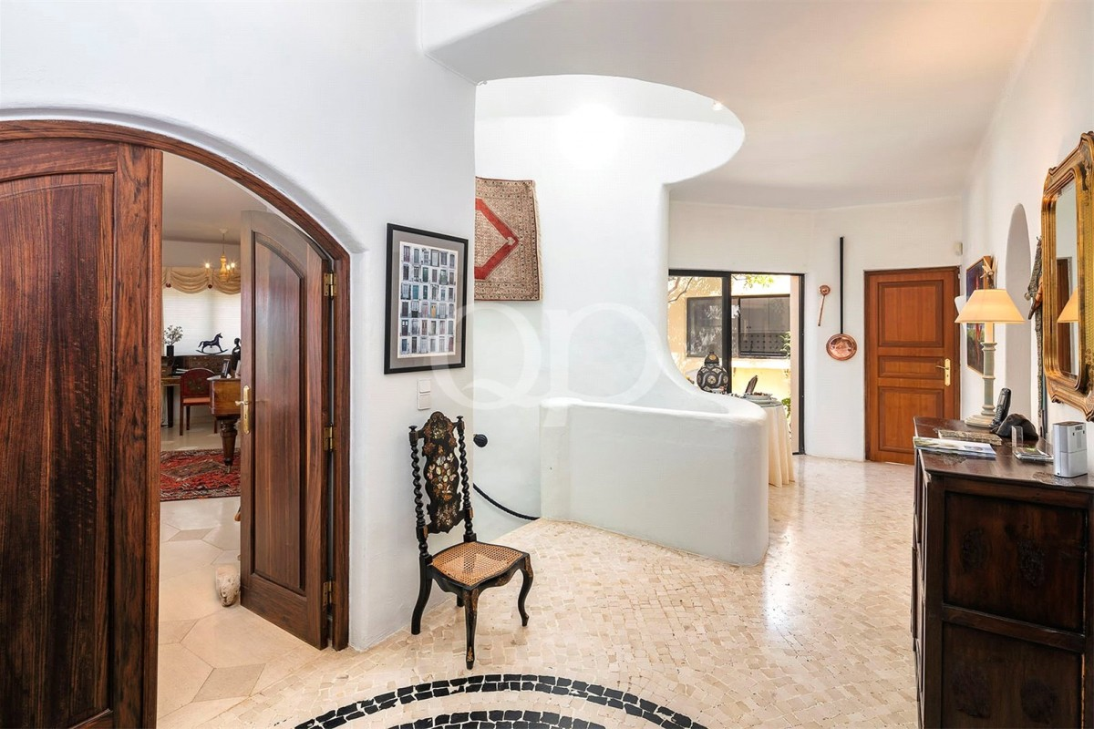 Magnificent Moorish family villa