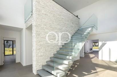 Unique contemporary brand-new villa in Vila Sol Resort