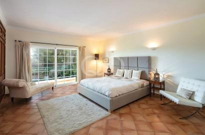 Attractive 4 bedroom townhouse