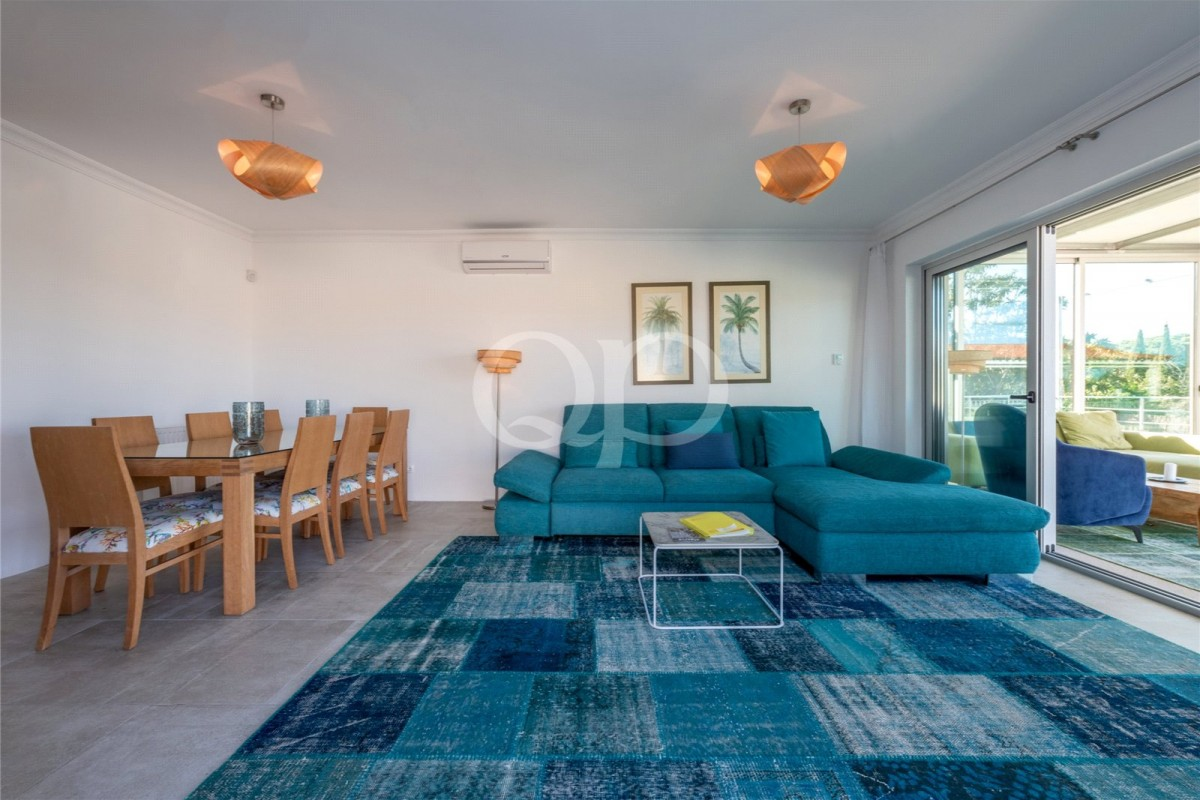 Newly renovated 4-bedroom villa in Fonte Santa