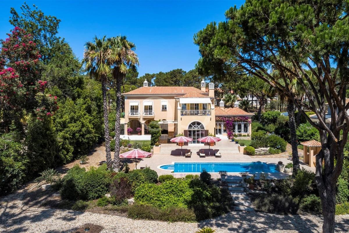 Beautiful family villa in Pinheiros Altos
