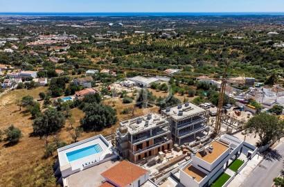 4-bedroom villas in a beautiful hillside location